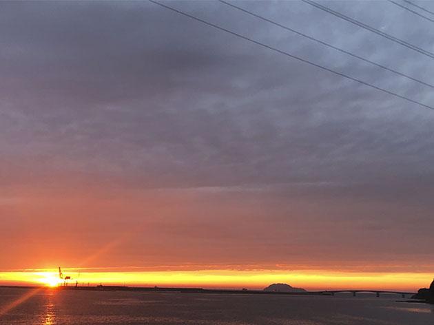 朝陽と夕陽