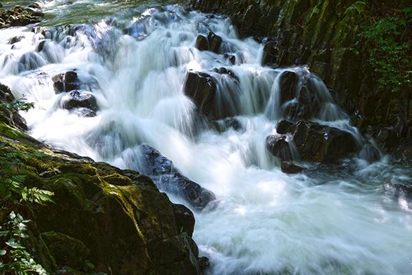 キセキの渓谷 石柱渓